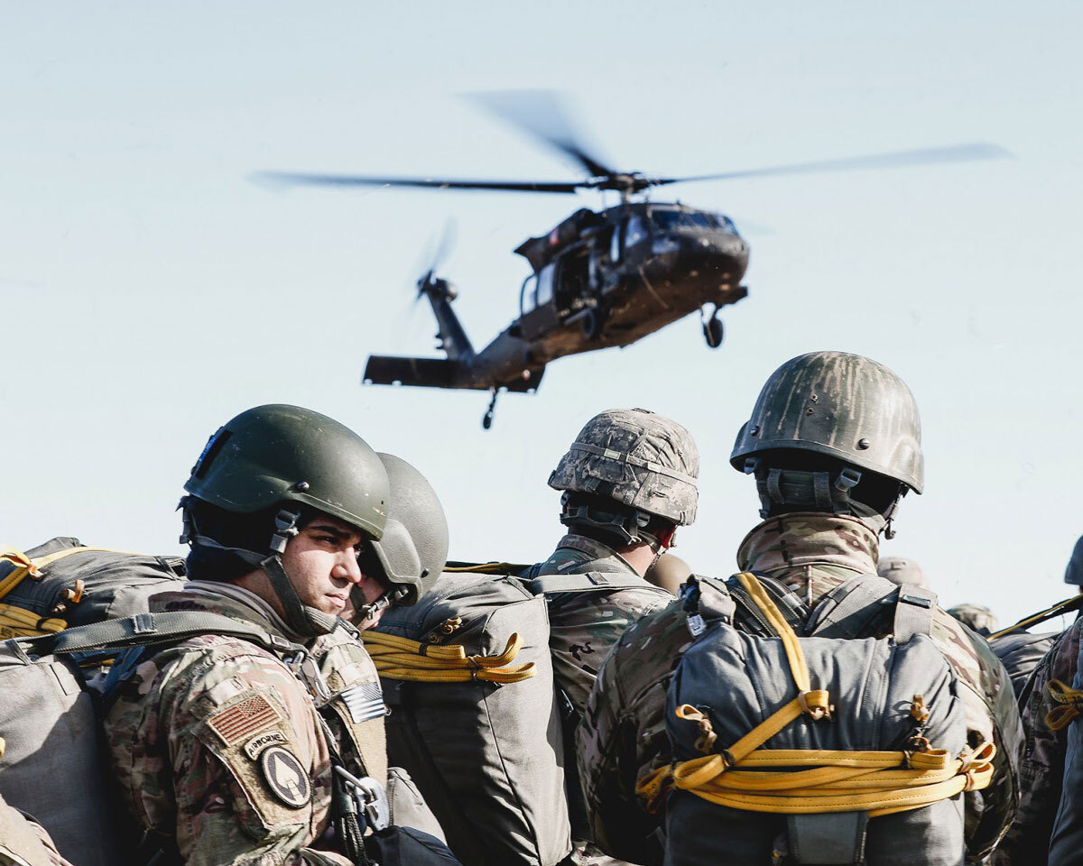 Army soldiers by landing helicopter